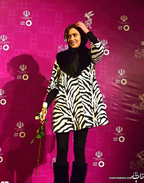 پریناز ایزدیار روی فرش قرمز جشنواره 34 فیلم فجر