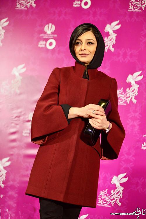 ساره بیات روی فرش قرمز جشنواره 34 فیلم فجر