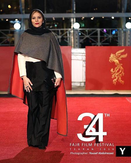 عکس سحر دولتشاهی با تیپ خاصش در افتتاحیه جشنواره فیلم فجر