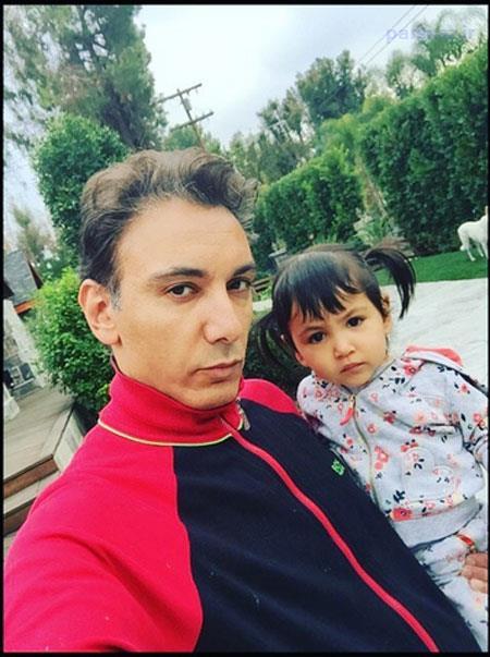 عکس های جذاب شادمهر عقیلی در کنار همسر و دخترش