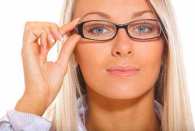 آموزش سریع ترین روش ارایش برای خانم ها کارمند