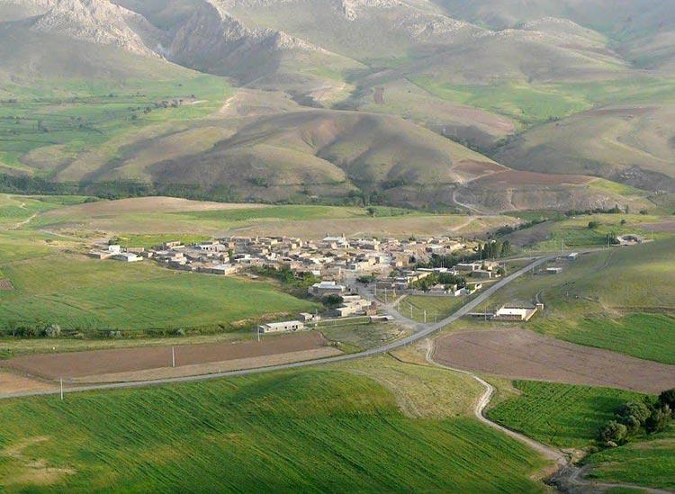 تپه باستانی زیویه