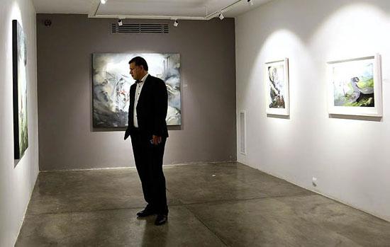 عکس علی دایی در کنار هنرمند زن مشهور