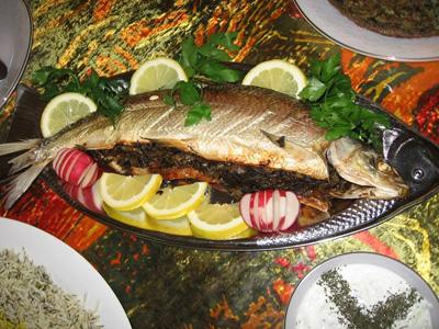 طرز تهیه ماهی شکم پر برای شب عید نوروز