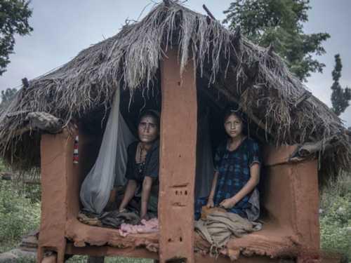 تبعید زنان این روستا در دوران عادت ماهانه!