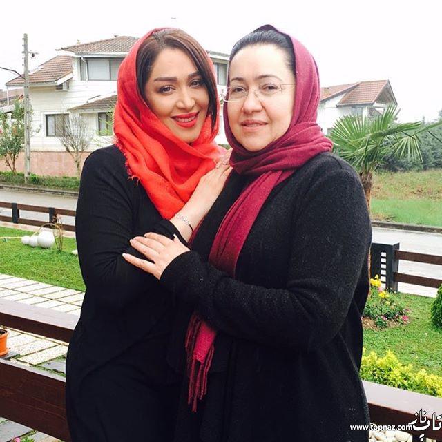 عکس دیدنی سارا منجزی پور در کنار مادرش