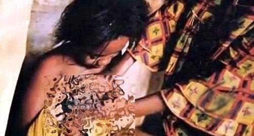 سنت عجیب صاف کردن سینه دختران با اتو