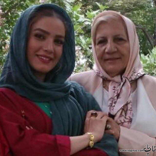 عکس متین ستوده در کنار مادرش
