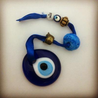 دعاهایی برای پیشگیری از چشم زخم و چشم حسود