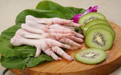 پای مرغ برای غضروف های بدن بسیار عالی است!