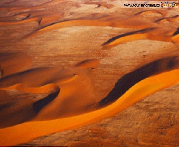 """پارک ملی """"نامیب ناکلوفت"""" در نامبیا"""