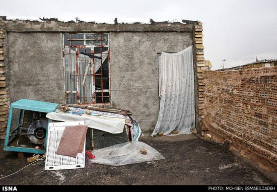 عکس های شکنجه و سوزاندن زن و دخترانش توسط شوهر معتاد! (16+)