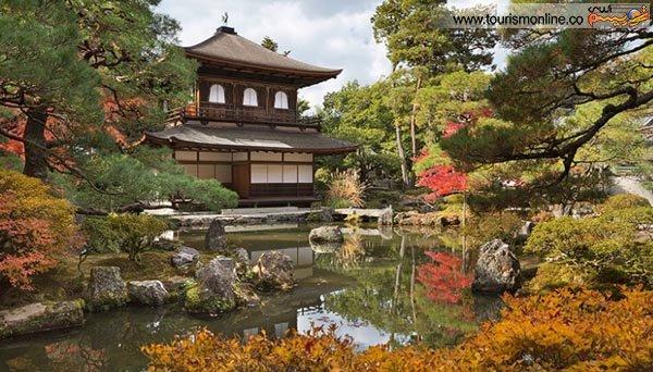 """عمارت طلایی یا """"گینکاکو –جی"""" در سال 1482 در کیوتو ساخته شده است."""