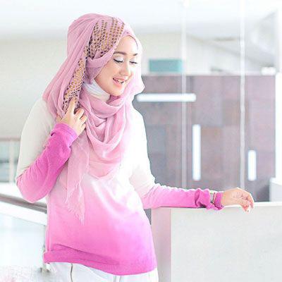 دیان پلانگی؛ طراح اندونزیایی