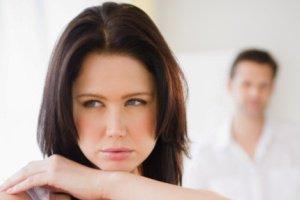 مشکل و بیماری زنانه ای ندارم ولی به ارگاسم نمی رسم دلیل چیست؟