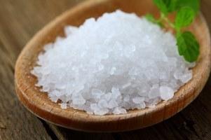 تفاوت نمک دریایی و نمک صنعتی در چیست؟
