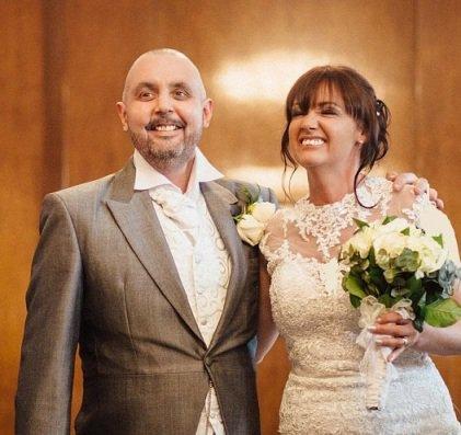 عروس خانم در شب عروسی خودش را کچل کرد! (عروس کچل)