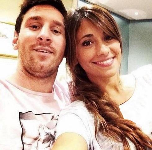 عکس های سلفی جذاب لیونل مسی و همسرش آنتونلا روکوزو