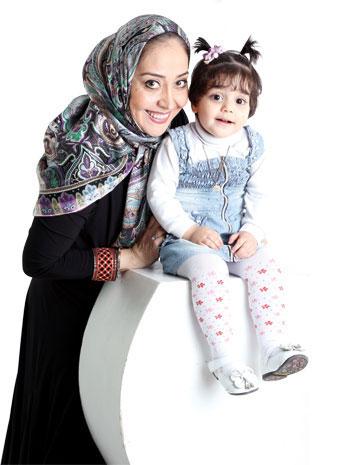 آرزو افشار و دخترش