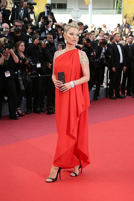 مدل لباس کیت موس Kate Moss در جشنواره کن Cannes 2016