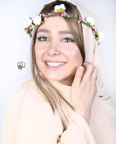 عکس های جذاب آتلیه ای و سلفی الناز حبیبی