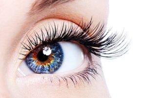 اگر این علائم را در چشم دیدید به چشم پزشک مراجعه کنید