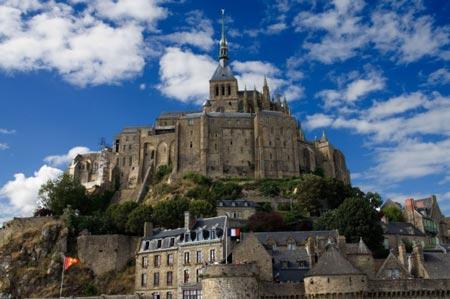 جزیره ای عجیب و زیبا در فرانسه