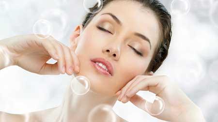 آرایش صورت را چرا باید حتما قبل از خواب پاک کرد؟