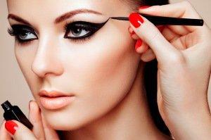 عادت های خطرناک آرایشی که نباید انجام دهید
