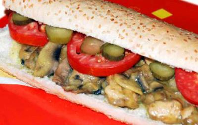 روش تهیه ساندویچ مرغ و قارچ