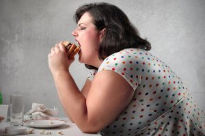 دلایلی عجیب که باعث چاقی شما می شود!