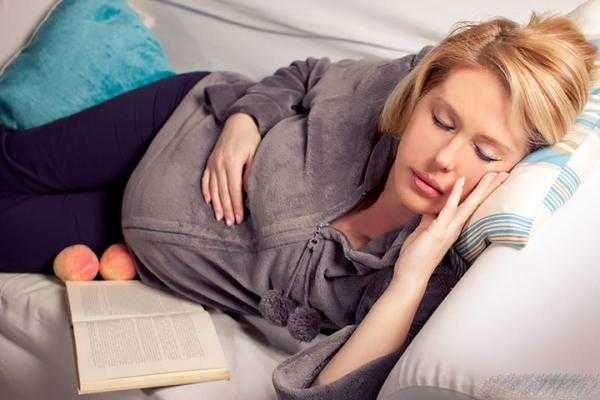 دلیل خروپف در زمان بارداری و درمان خروپف