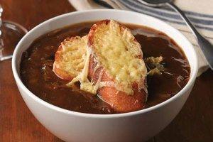 سوپ خوشمزه بهاری، سوپ پیاز فرانسوی