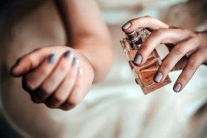 عطر درمان برای درمان تنش و استرس، امکان دارد؟