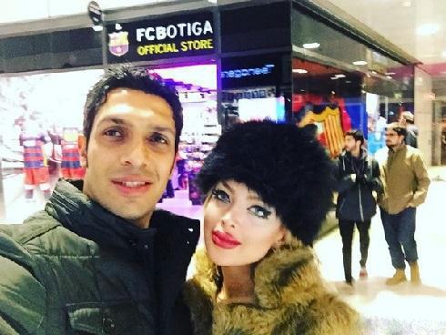 عکس عاشقانه سپهر حیدری و همسرش