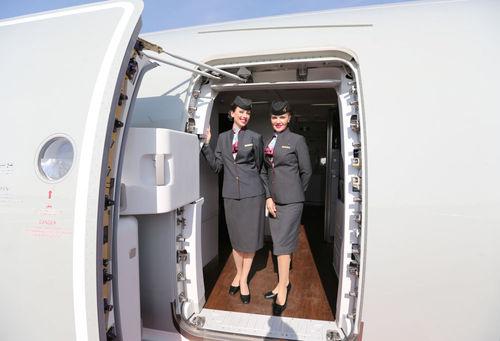 زنان مهماندار هواپیمایی قطر ایرویز