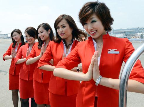عکس زنان مهماندار هواپیمایی ژاپن