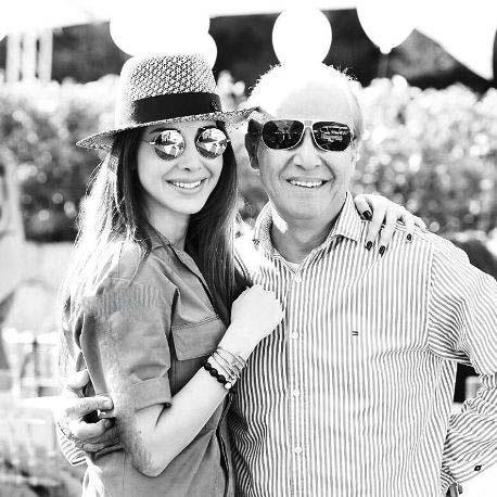 """عکس های جذاب خواننده عرب """"نانسی عجرم"""" و پدرش"""