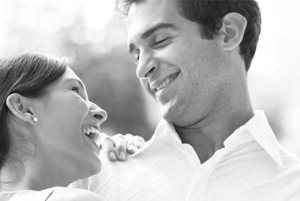چرا حین رابطه جنسی باید همسر را بغل کرد؟