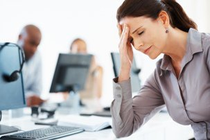 معرفی غذاهایی که استرس و اضطراب را بیشتر می کنند