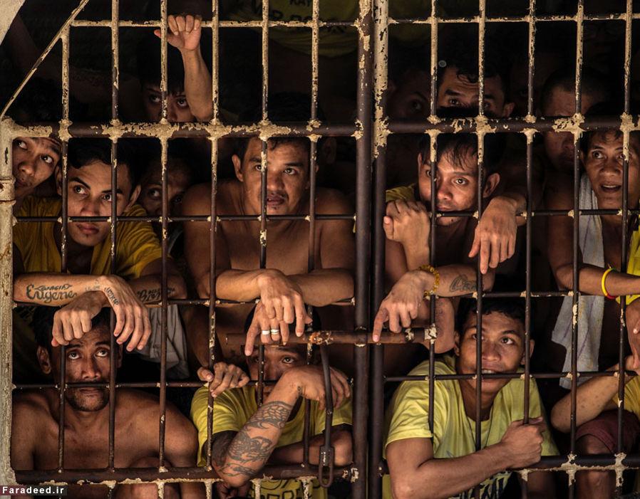 عکس های عجیب ترین و شلوغ ترین زندان دنیا!