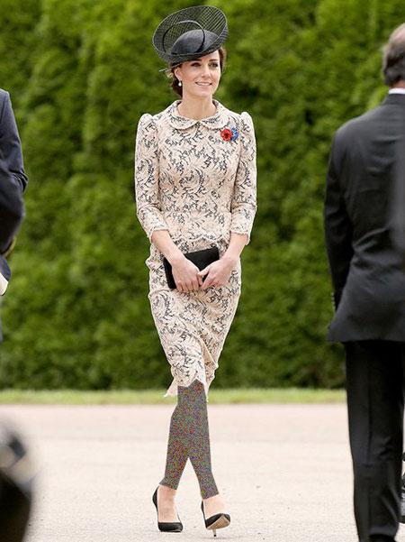 مدل لباس مجلسی کیت میدلتون در یک مهمانی