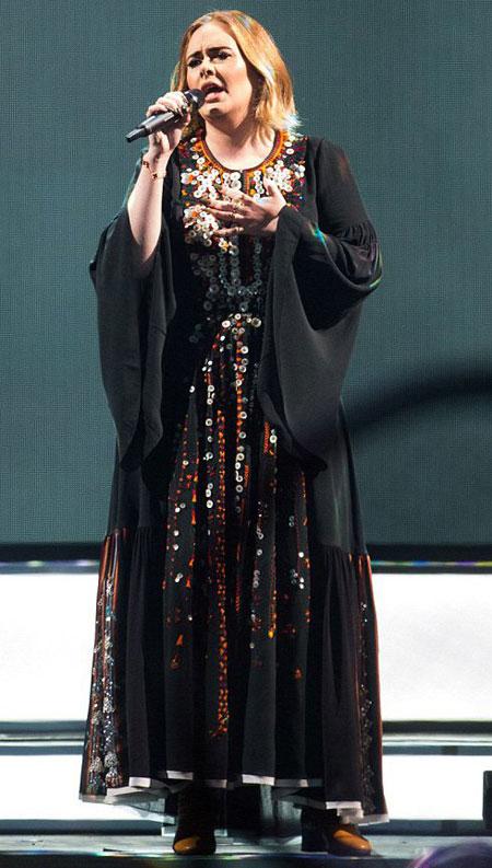 عکس های مدل لباس ادل در جشنواره گلاستونبری