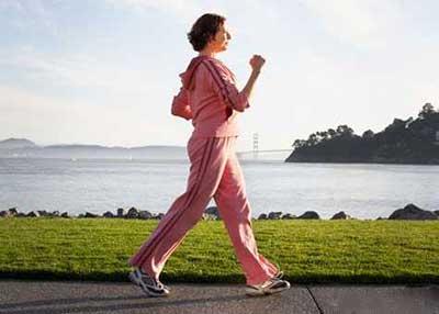 روش درست پیاده روی کردن و اثر فوری پیاده روی بر بدن