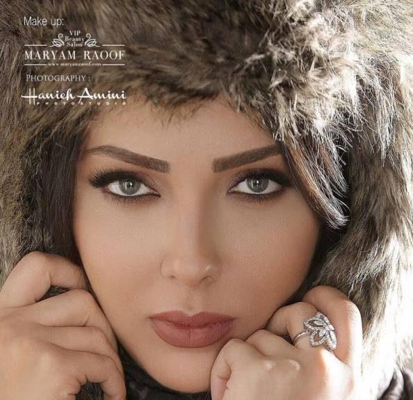 عکس آتلیه ای بازیگران - لیلا اوتادی