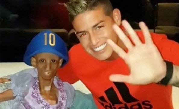عکس دختر 15 ساله در آغوش خامس رودریگز!