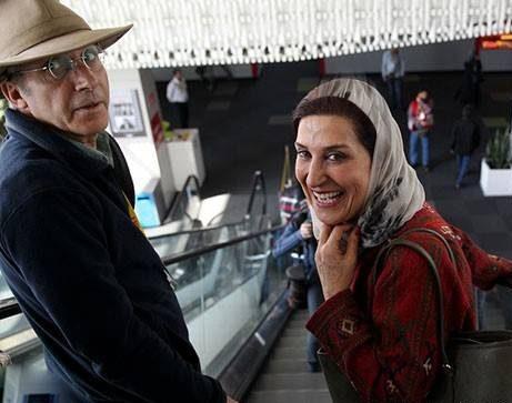 سیمین معتمد آریا در کنار همسرش احمد حامد در پردیس چارسو