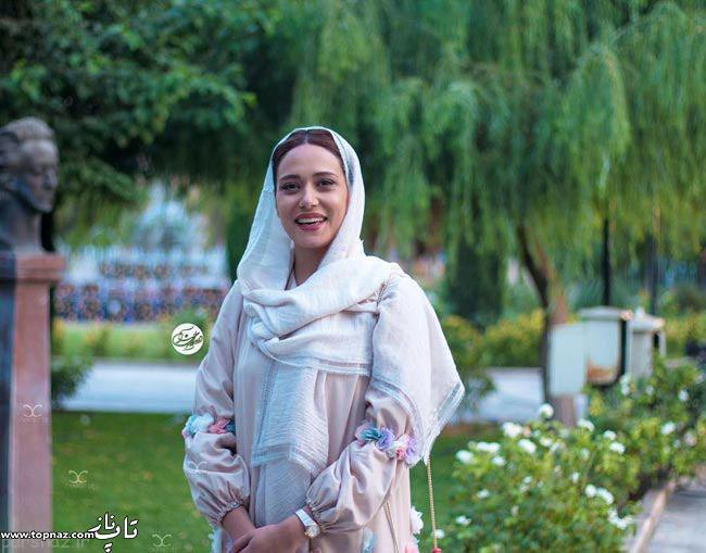 عکس پریناز ایزدیار بر روی فرش قرمز جشن حافظ