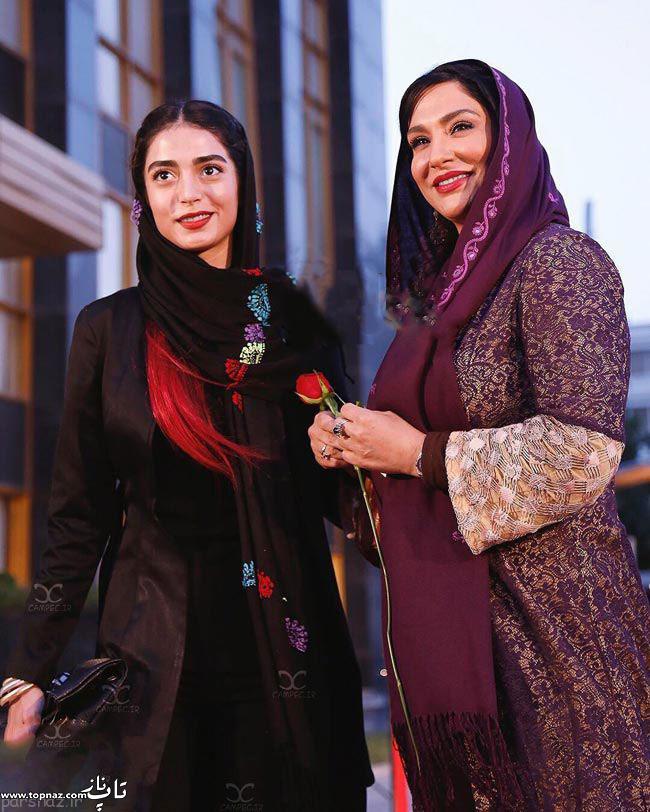 عکس ساغر عزیزی و دخترش در جشن حافظ