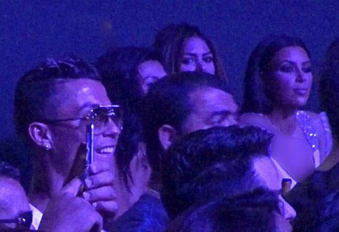 عکس از جنیفر لوپز در آغوش کریس رونالدو در کنسرت!